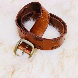 Vintage Vibes: Leather Belt